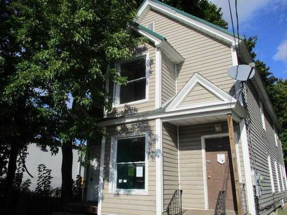 233 S Washington St, Herkimer NY Pre-foreclosure Property