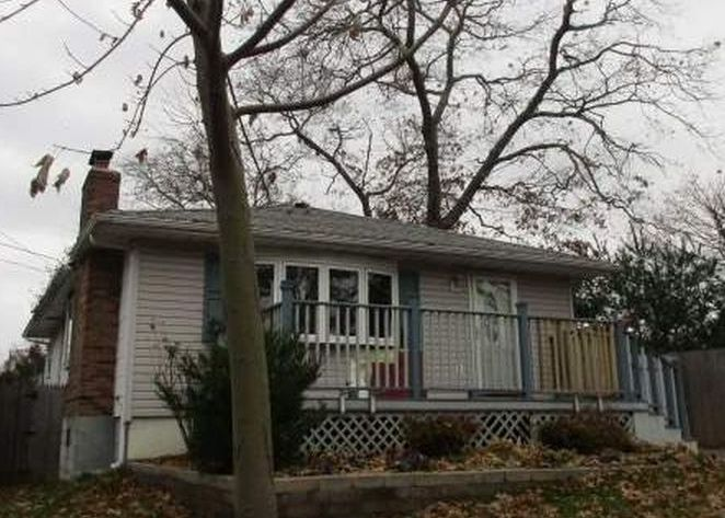 805 Old North Ocean Ave, Patchogue NY Pre-foreclosure Property
