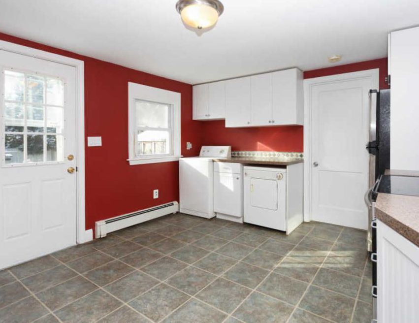 43 Elton Rd, West Yarmouth MA Pre-foreclosure Property