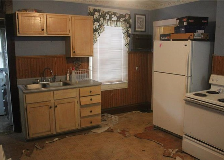 808 Spring St, Mount Pleasant PA Pre-foreclosure Property
