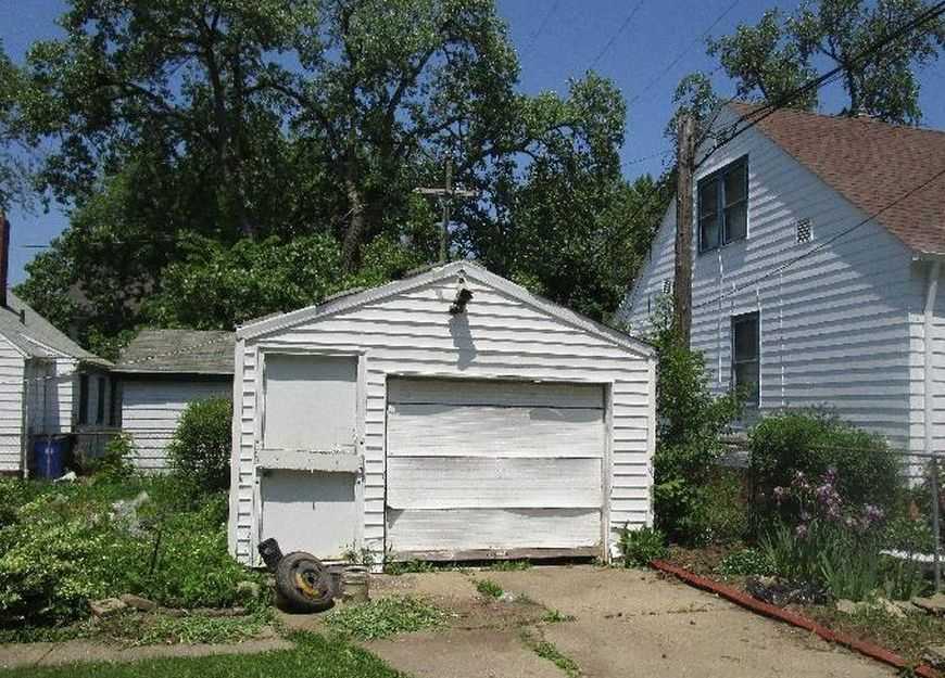 3985 E 147th St, Cleveland OH Pre-foreclosure Property