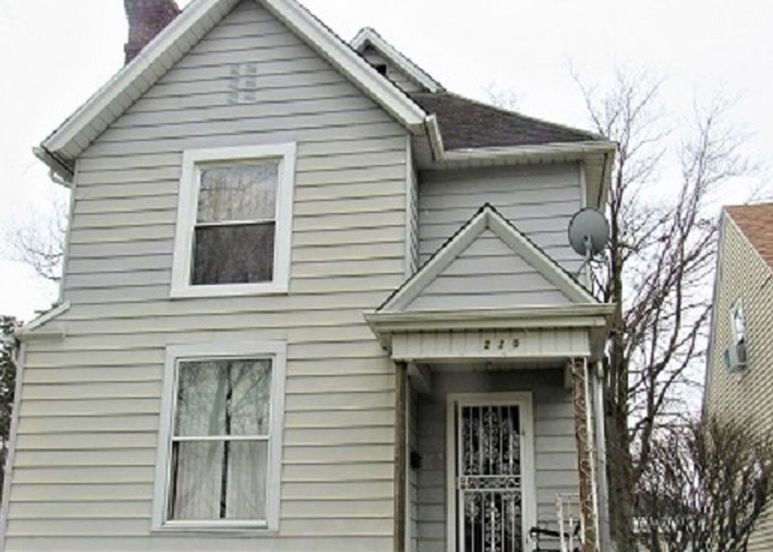 220 E Suttenfield St, Fort Wayne IN Pre-foreclosure Property
