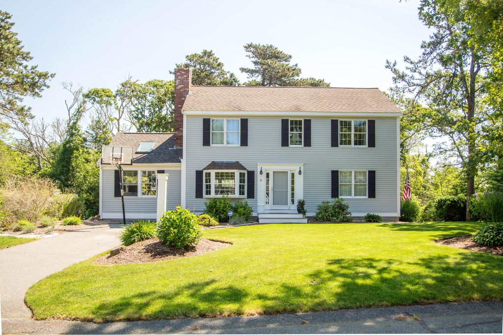 4 Pond View Dr, Harwich MA Pre-foreclosure Property