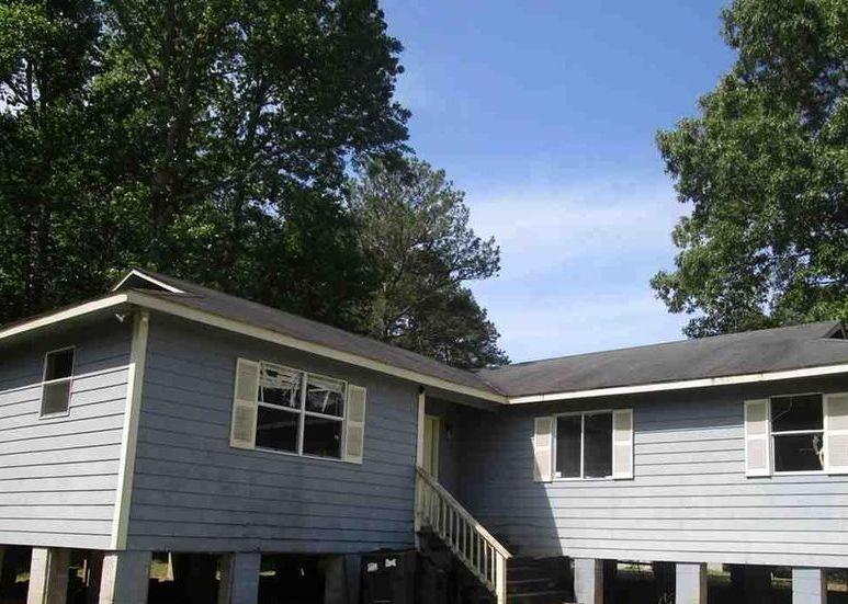 645 Washburn Cir, Gallant AL Pre-foreclosure Property