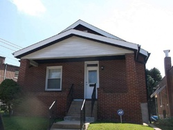 Wilcox Ave, Saint Louis, MO Foreclosure Home