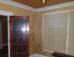 S 7th St, Oakes, ND Foreclosure Home