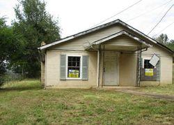 E Illinois Ave, Whitwell, TN Foreclosure Home