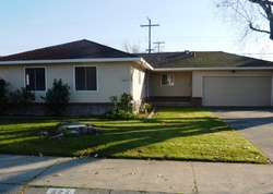 S Crescent Ave, Lodi
