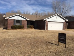 Choctaw #28550841 Foreclosed Homes