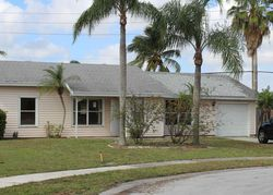 Barnstead Cir N, Lake Worth
