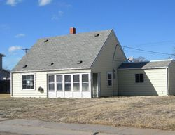 W 10th St, North Platte, NE Foreclosure Home