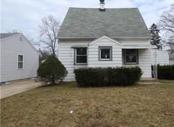 N 52nd St, Milwaukee, WI Foreclosure Home