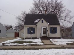 12th Ave Sw, Austin, MN Foreclosure Home