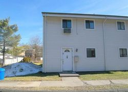 Sutton Pl # 127, Bloomfield, CT Foreclosure Home