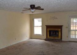 Wapiti Dr, Spring Lake, NC Foreclosure Home