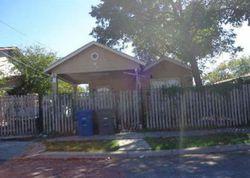 Morales St, San Antonio