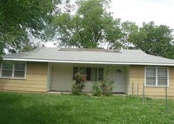 Niagara St, Burlington, KS Foreclosure Home