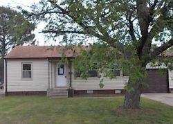 E King Pl, Tulsa, OK Foreclosure Home