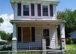 Field St, Capitol Heights