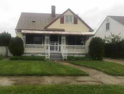 Greenview Ave, Detroit, MI Foreclosure Home