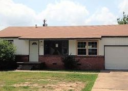 N Detroit Ave, Tulsa, OK Foreclosure Home