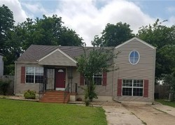 Nw Ash Ave, Lawton, OK Foreclosure Home