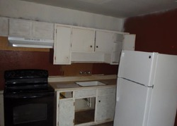 Restlawn Dr, Jacksonville, FL Foreclosure Home