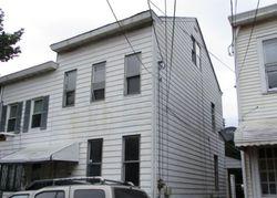Tremont St, Trenton