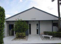 Green Pine Blvd Apt, West Palm Beach