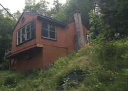 Turtle Rock Rd, Stoddard, NH Foreclosure Home