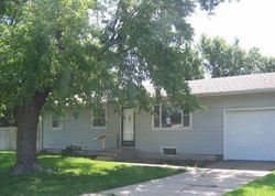 E 11th Ave, Hutchinson