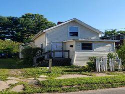 W Easton St, Hamden, CT Foreclosure Home