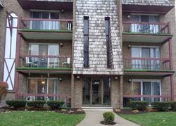 S Keating Ave Apt 3, Oak Lawn