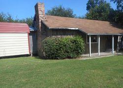 County Road 3223, Lone Oak