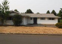 Carthage Ave, Eugene