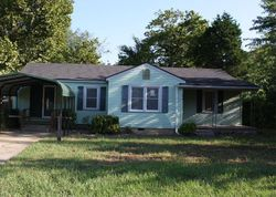 E 12th Pl, Claremore