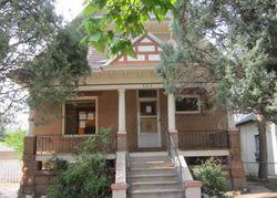 Carteret Ave, Pueblo
