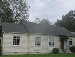 Southmont Dr, Montgomery, AL Foreclosure Home
