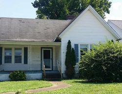Greenwood Ave, Clarksville