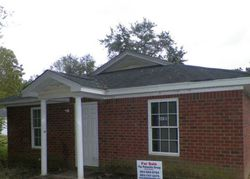 Woods St, Orangeburg, SC Foreclosure Home