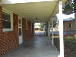 E 7th St, Hopkinsville, KY Foreclosure Home