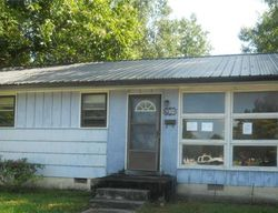 Henderson Dr, Jacksonville, NC Foreclosure Home
