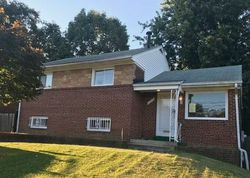 Rolling Ridge Dr, Capitol Heights