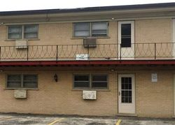 King Arthur Ct Apt , Melrose Park