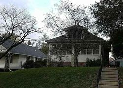 Seward St, Omaha, NE Foreclosure Home