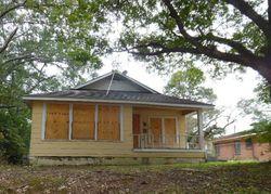 E Olive St, Shreveport, LA Foreclosure Home