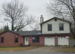 Dellwood Dr, Little Rock, AR Foreclosure Home