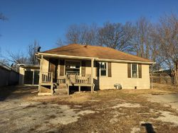 S Leslie St, Independence, MO Foreclosure Home