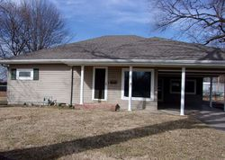 W Main St, Cherryvale, KS Foreclosure Home