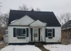 Pembroke Ave, Redford, MI Foreclosure Home